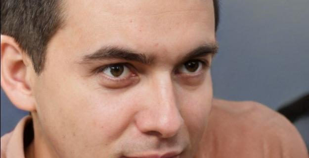 Enmanuel-Gonzalez-Revilla-Hijo